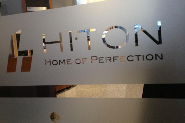 Showroom Hi-Ton